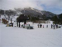 『スキー場 早くもオープン』