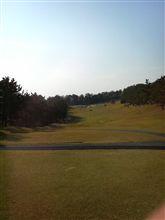 今日はお泊まりゴルフ
