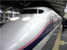 帰りは念願の2階建ての新幹線に乗る事はできましたが・・。