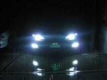 雨天時のヘッド&フォグ照射光
