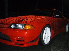 雨(洗車)に濡れたR32です!