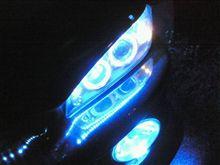 ヘッドライトにチューブLED装着完了。(ひとまずそのままつけてみた)