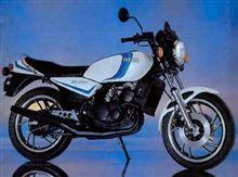 名車 YAMAHA RZ250 350