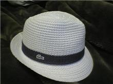 帽子を買う