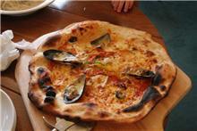 グルメシリーズ:ろか~れ・あ~しゃ「石窯焼きピザ」