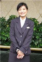 ホテルの従業員のお姉さん