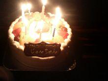 今日は○5歳の誕生日です(ノ_<。)