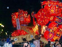 2007年6月8/9日は砺波夜高祭です。