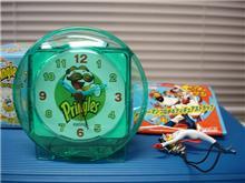 プリングルズの時計…