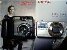デジカメ購入 リコー・R6