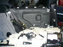 E92スピーカーのリアは、大変かも?