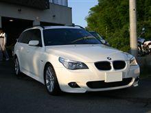 遠方のお客様が、BMW E60にトレードイン装着!