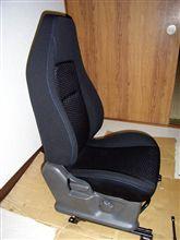 ワゴンRのシート台座にラパンSSのシート座面と背もたれ移植