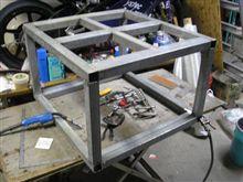 コンプレッサーを載せる台を作ってみた!