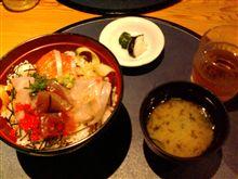 今日のランチ「海鮮丼」