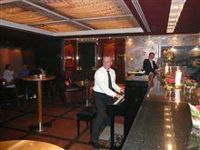 ポルシェのロックンロール・ピアノマン。