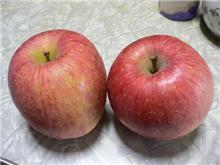 同日にリンゴが到着♪