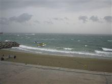 風速8メートルのビーチ