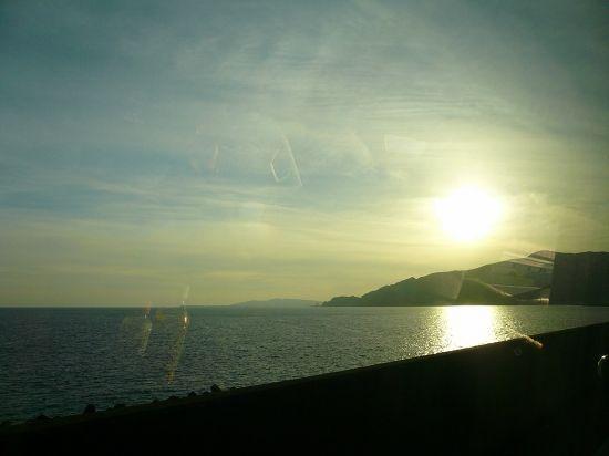 夕日に染まる太平洋