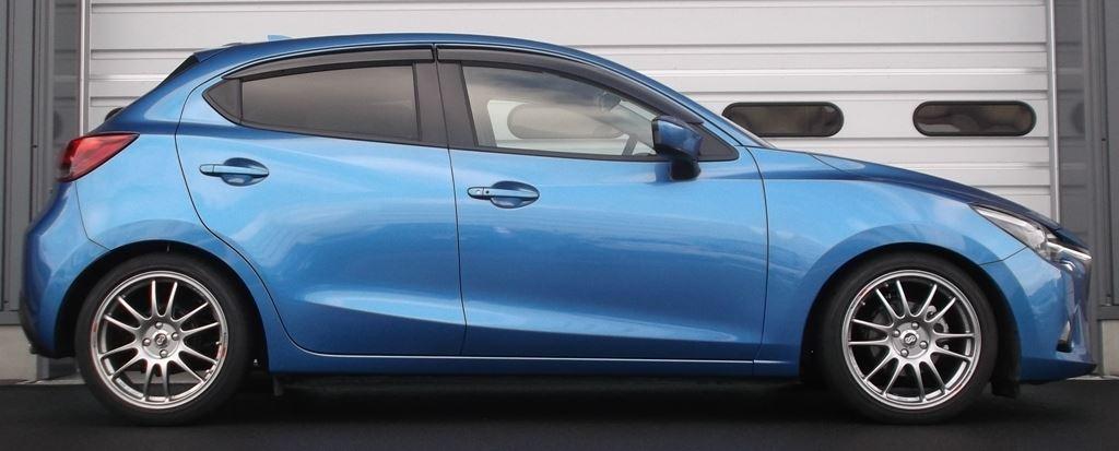 推奨車高時のダウン量はフロント/リアともに-45ミリとなる予定(6AT車)。