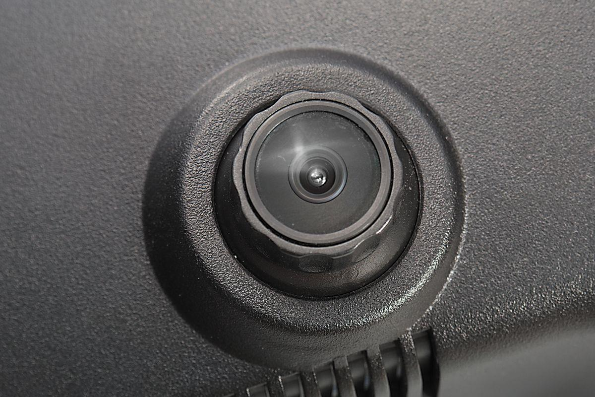 ドライブレコーダー内蔵ルームミラー