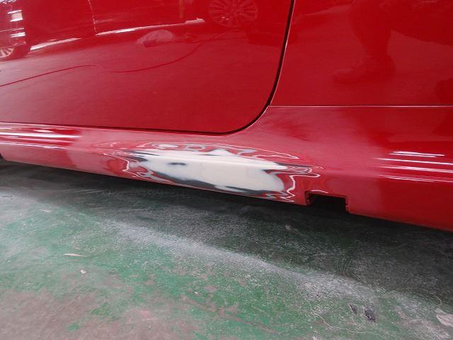お車の板金修理中で ...