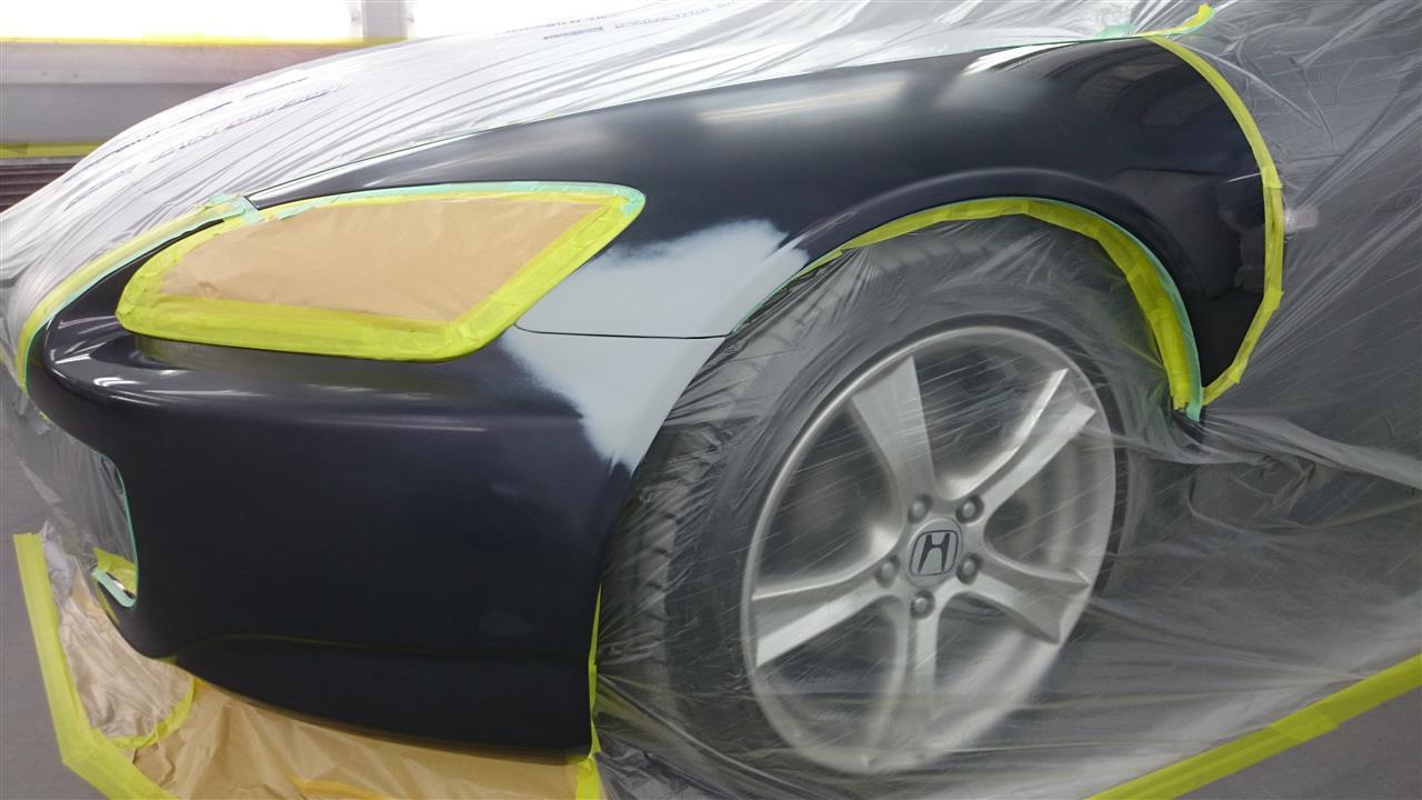 東京都立川市の車の板金塗装修理工場 ガレージローライドのホンダ S2000の左前部のキズ へこみ の板金 修理 塗装 です。