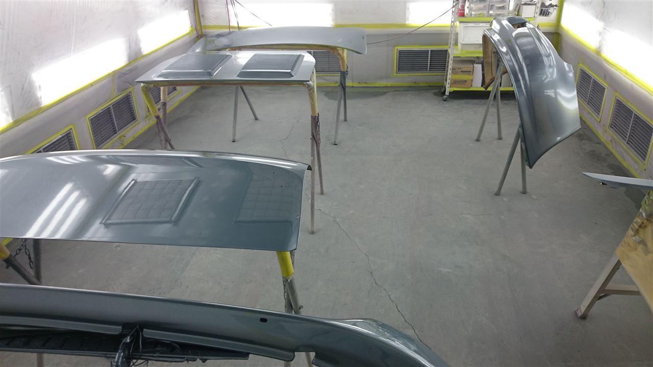 東京都立川市の車の板金塗装修理工場 ガレージローライドのトヨタ MR-2のオールペイント オールペン 全塗装 です。