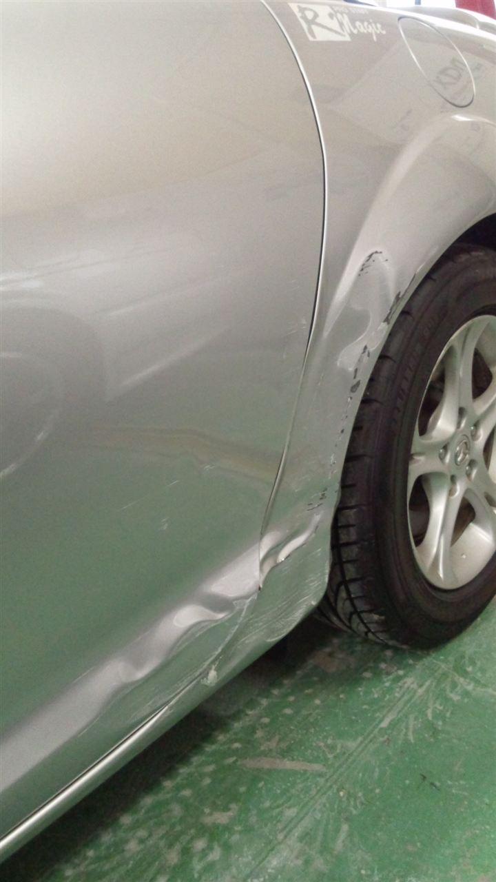 東京都立川市の車の板金塗装修理工場 ガレージローライドのマツダ RX-8の左側面のキズ へこみ の板金 修理 塗装 です。