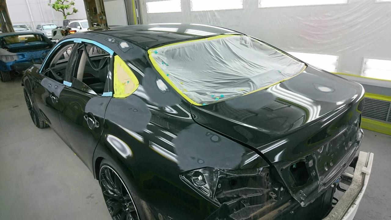 立川市の車の板金塗装修理工場 ガレージローライドの日産 フーガの雹害によるキズ&へこみの板金・塗装・修理(車両保険)です