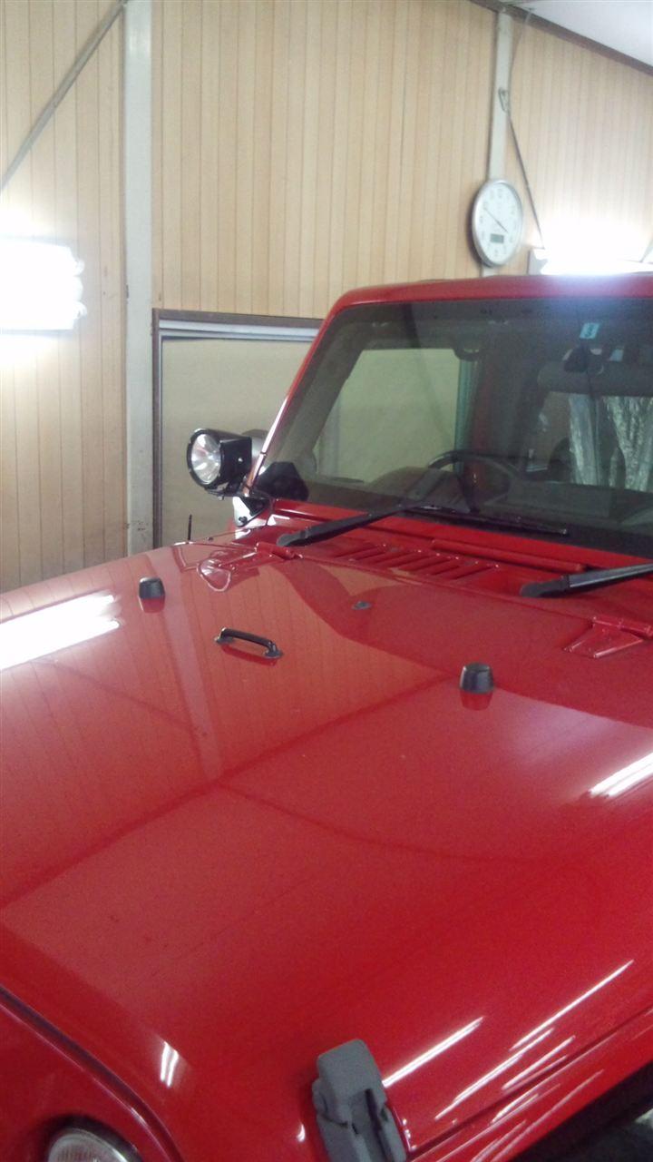 東京都立川市の車の板金塗装修理工場 ガレージローライドのジープ JK ラングラー の板金 修理 塗装 です。