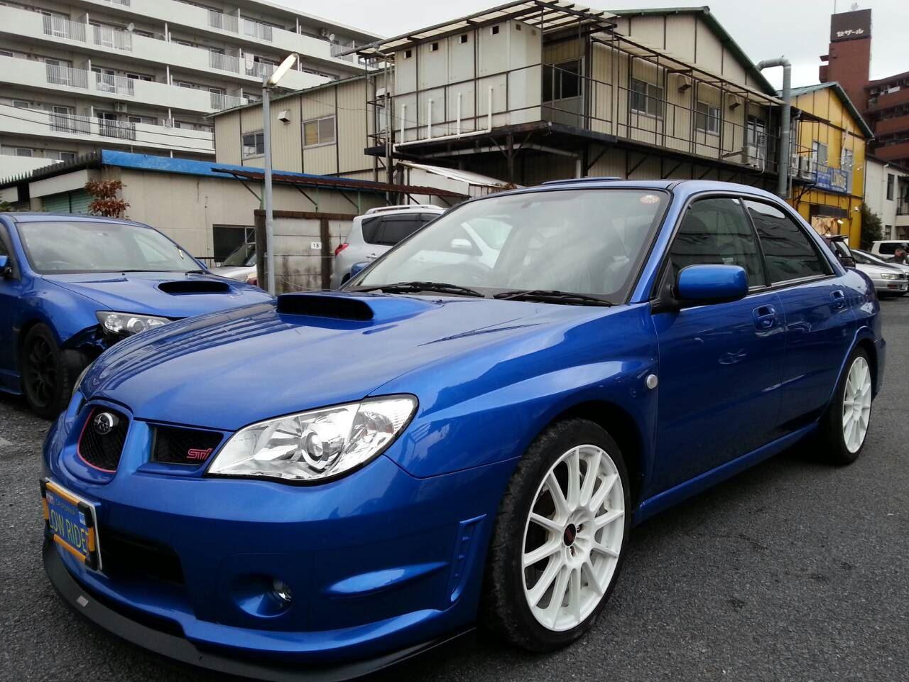 東京都立川市の車の板金塗装修理工場 ガレージローライドのスバル レガシィのガラスコーティング メンテナンス等です。