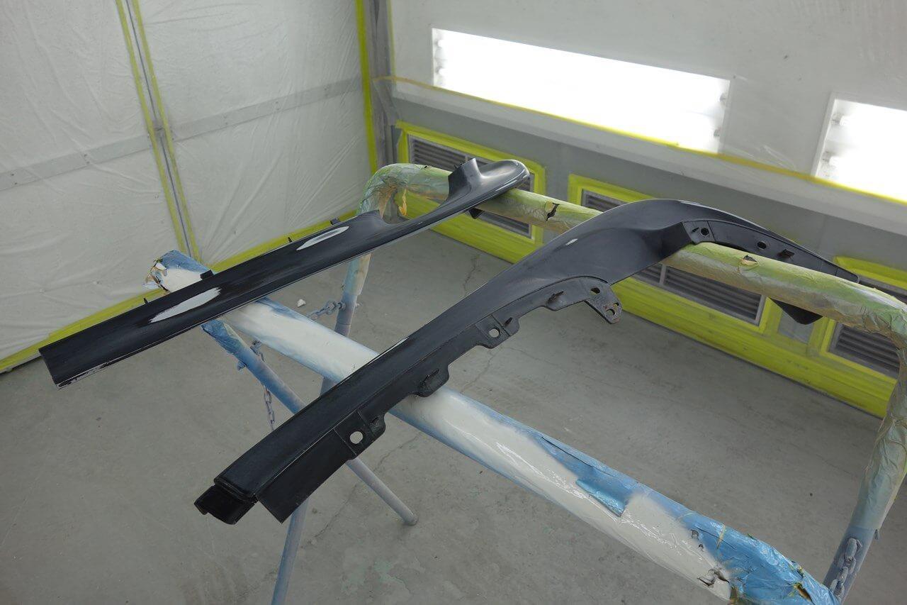立川市の車の板金塗装修理工場 ガレージローライドのマツダ RX-7のキズ へこみ の板金 修理 塗装、ボディ磨き&ジーゾックスハイドロフィニッシュ施工です。