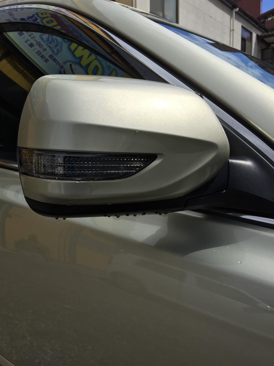 立川市の車の板金塗装修理工場 ガレージローライドのスバル レガシィのエアロパーツ取り付け等です。