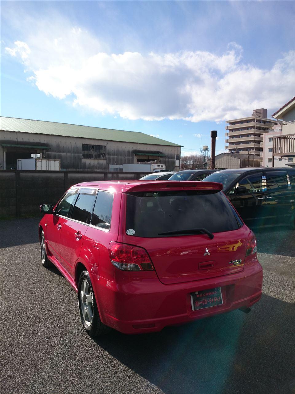 東京都立川市の車の板金塗装修理工場 ガレージローライドの三菱 エアトレック のオールペイント オールペン 全塗装 です。