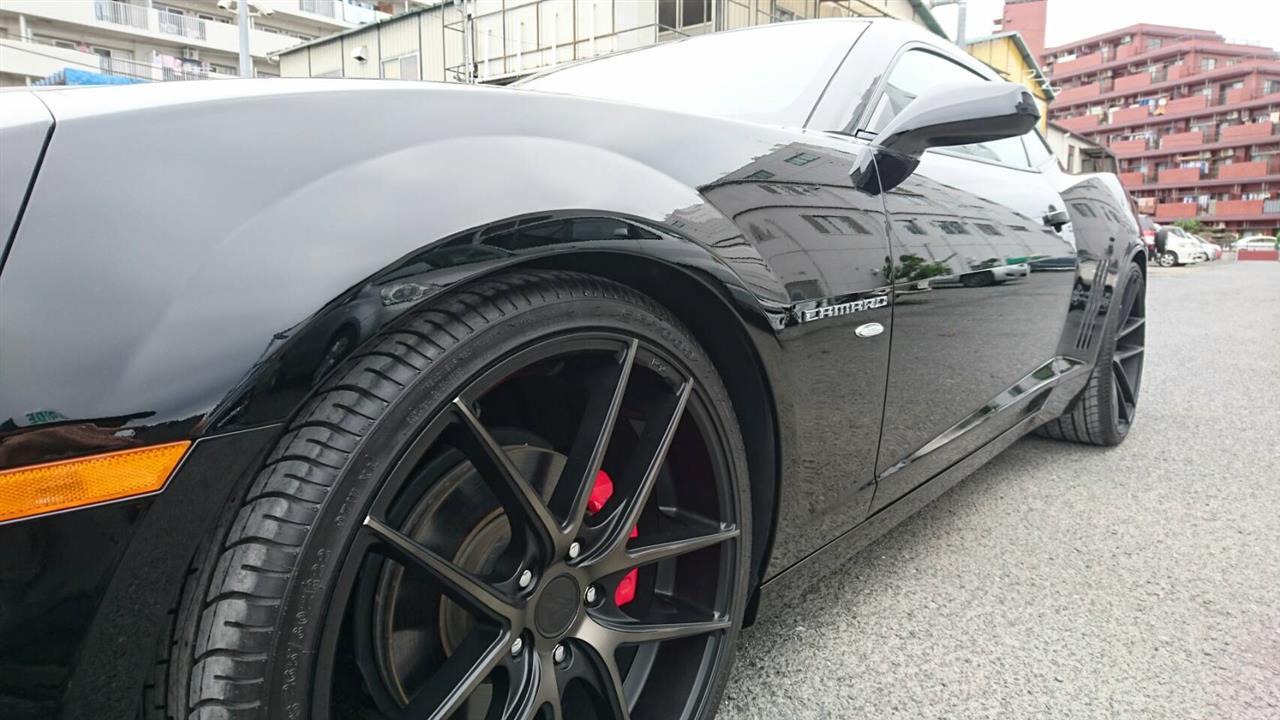 立川市の車の板金塗装修理工場 ガレージローライドのGM シボレー カマロ オールペイント オールペン 全塗装 です。