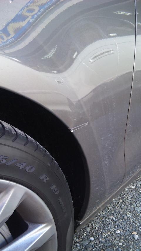 東京都 立川市の車の板金塗装修理工場 ガレージローライドの アウディ A7のキズ へこみの板金 修理 塗装です。