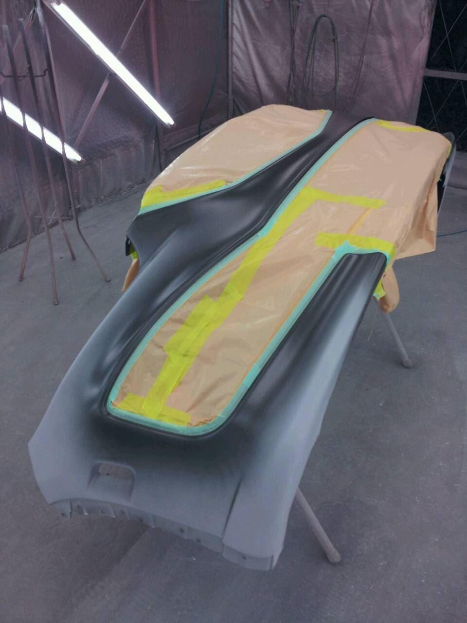 東京都立川市の車の板金塗装修理工場 ガレージローライドのマツダ CX-5のフロントバンパー塗装 取り付け です。