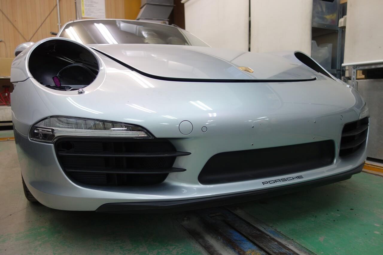 立川市の車の板金塗装修理工場 ガレージローライドのポルシェ 911 カレラのワンオフ加工 エアロパーツ塗装・取り付け・ボディ磨き&ジーゾックスリアルガラスコート艶プラス施工等です。
