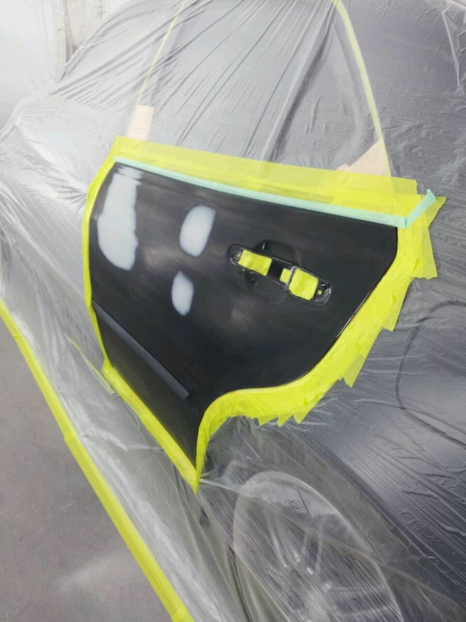 東京都立川市の車の板金塗装修理工場 ガレージローライドのトヨタ アルテッツァのフロントバンパー&フロントスポイラーの一体化加工 です。