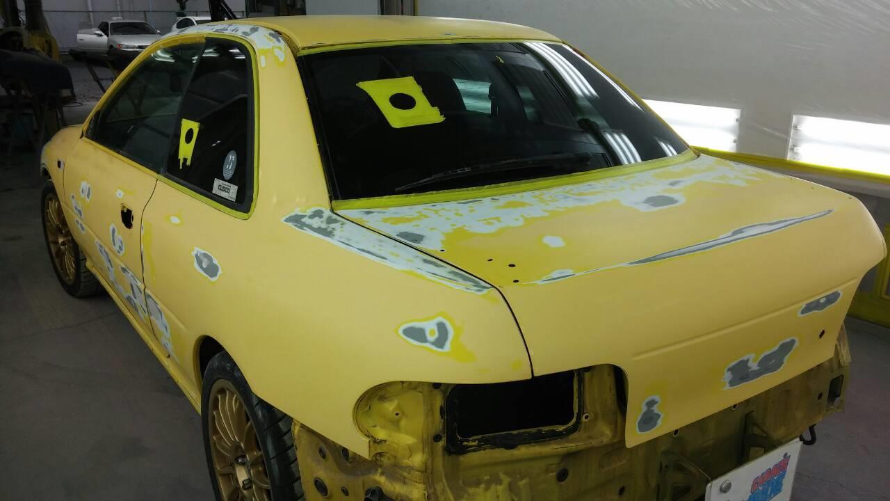 立川市の車の板金塗装修理工場 ガレージローライドのスバル インプレッサ 塗装劣化修理 塗装 オールペイントです。