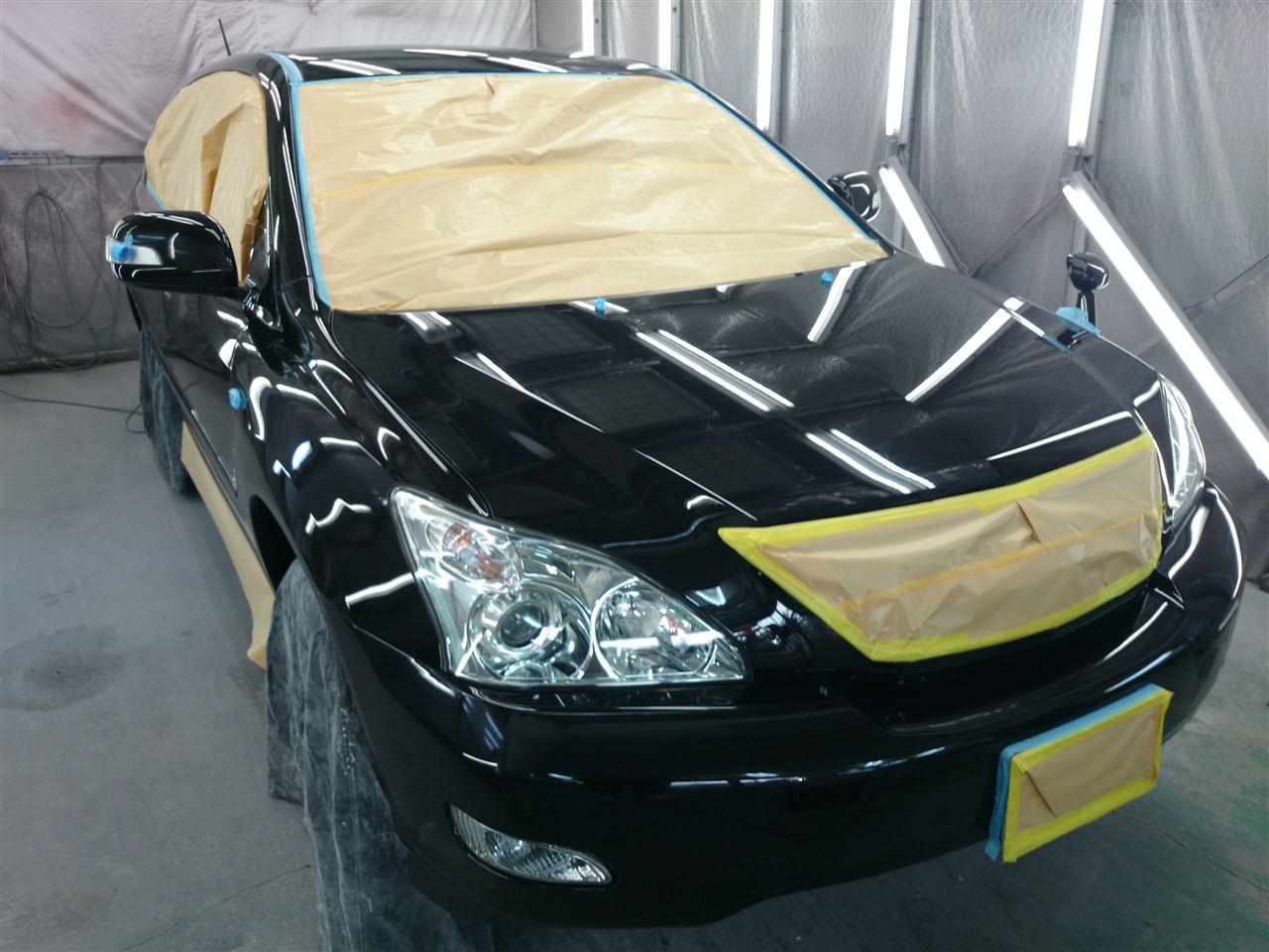 東京都立川市の車の板金塗装修理工場 ガレージローライドのトヨタ ハリアーのボディー磨き&ジーゾックスリアルガラスコート艶プラス です。