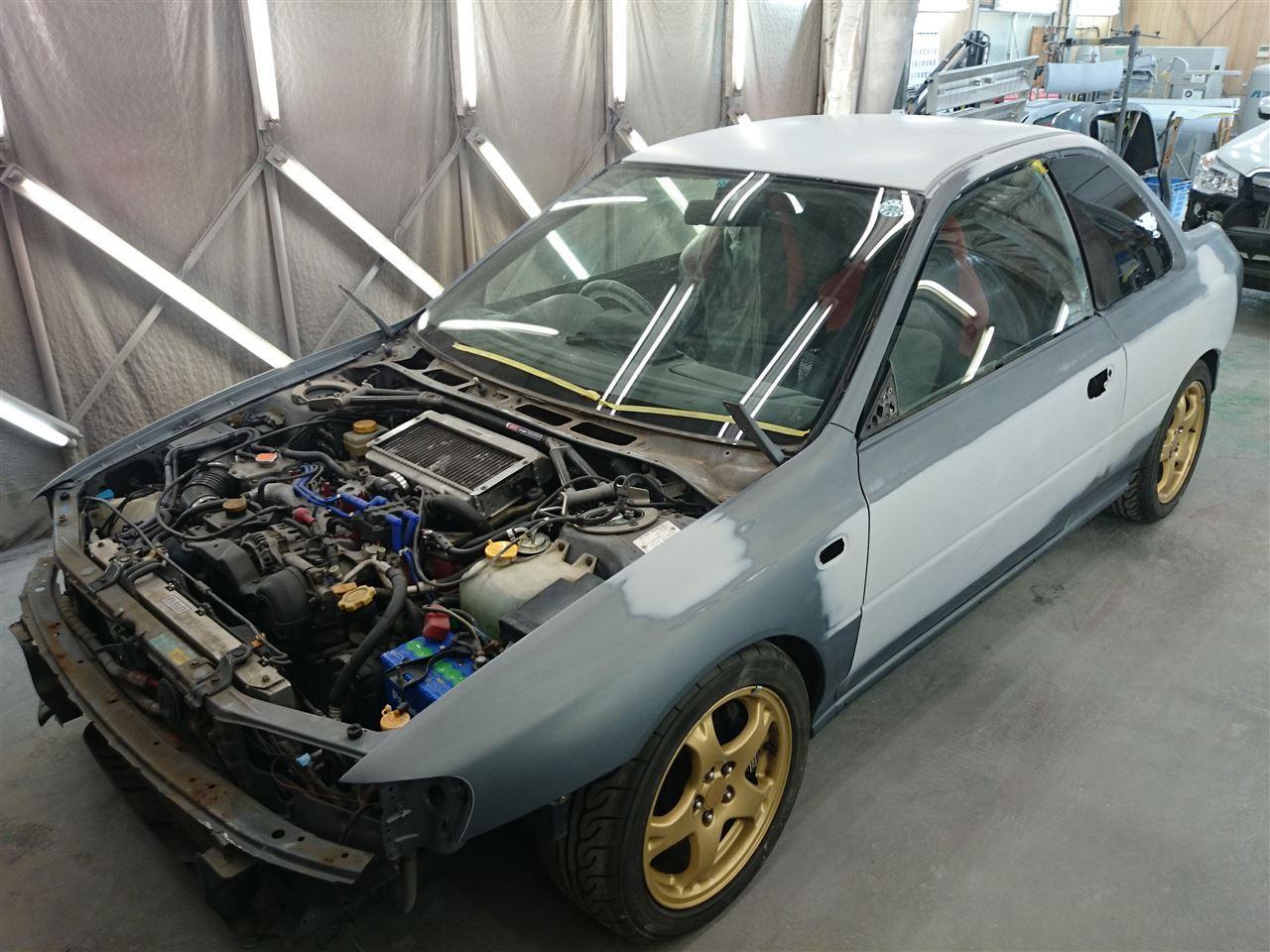東京都立川市の車の板金塗装修理工場 ガレージローライドのスバル インプレッサ のオールペイント オールペン 全塗装 です。