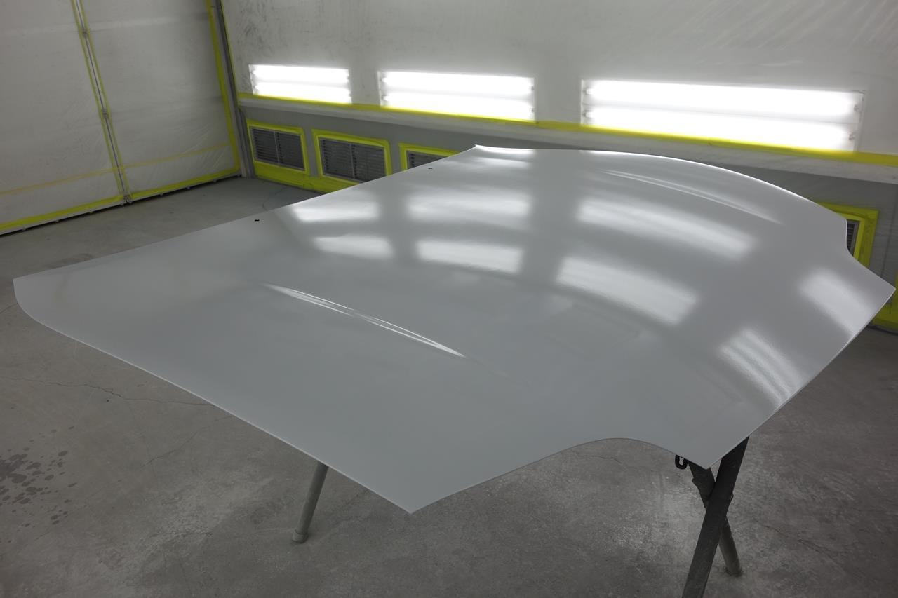 立川市の車の板金塗装修理工場 ガレージローライドのトヨタ スープラのオールペイント オールペン 全塗装です。