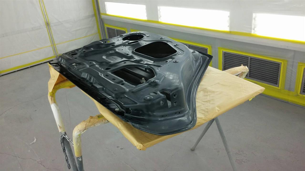立川市の車の板金塗装修理工場 ガレージローライドのスバル レガシィの左リヤドアのキズ へこみ の板金 修理 塗装 です。