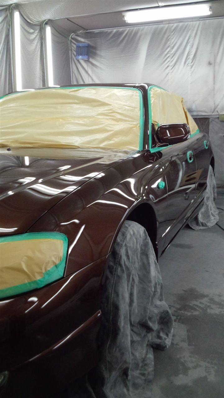 東京都立川市の車の板金塗装修理工場 ガレージローライドのマツダ ミレーニアのボディー磨き&ガラスコーティングです。