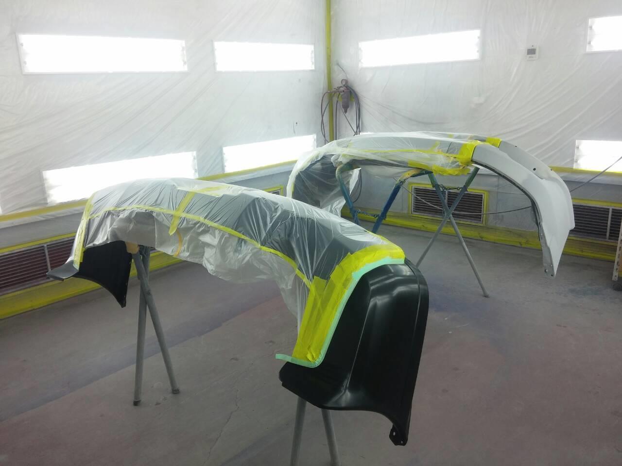 東京都立川市の車の板金塗装修理工場 ガレージローライドの三菱 RVRのリヤまわりのキズ へこみ の板金 修理 塗装 です。