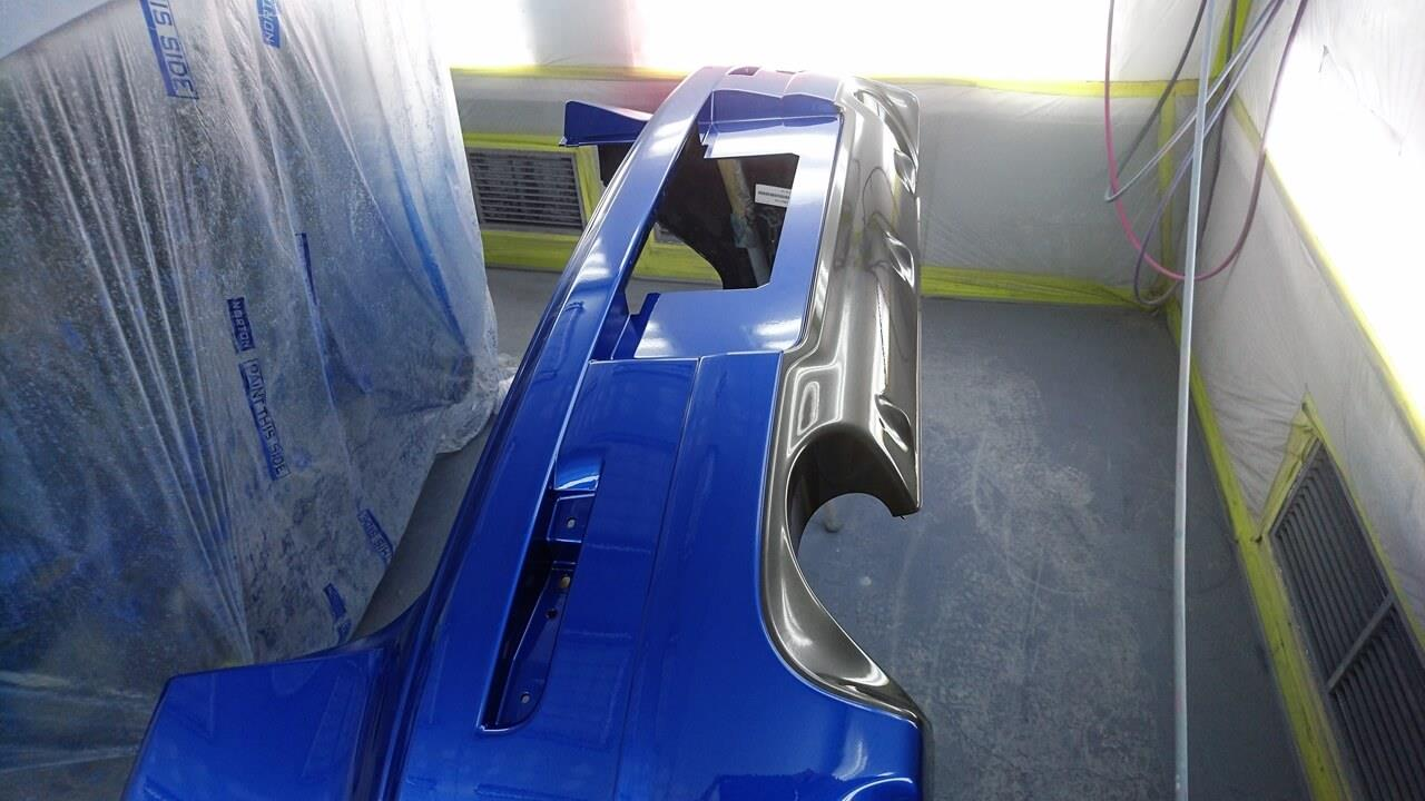 立川市の車の板金塗装修理工場 ガレージローライドの三菱 ギャランフォルティスの車両保険を使ったキズ へこみ の板金 修理 塗装 です。