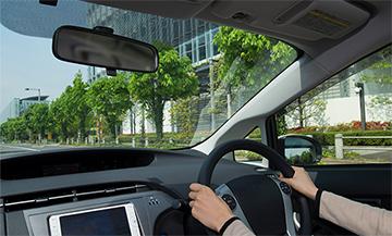運転席、助手席の側面ガラスにも貼れるフィルムをラインアップ