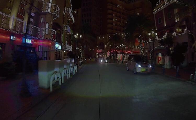 暗く視認性が劣る従来の夜間映像イメージ